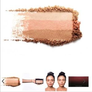KEVYN AUCOIN 3 IN 1 HIGHLIGHTER NEW